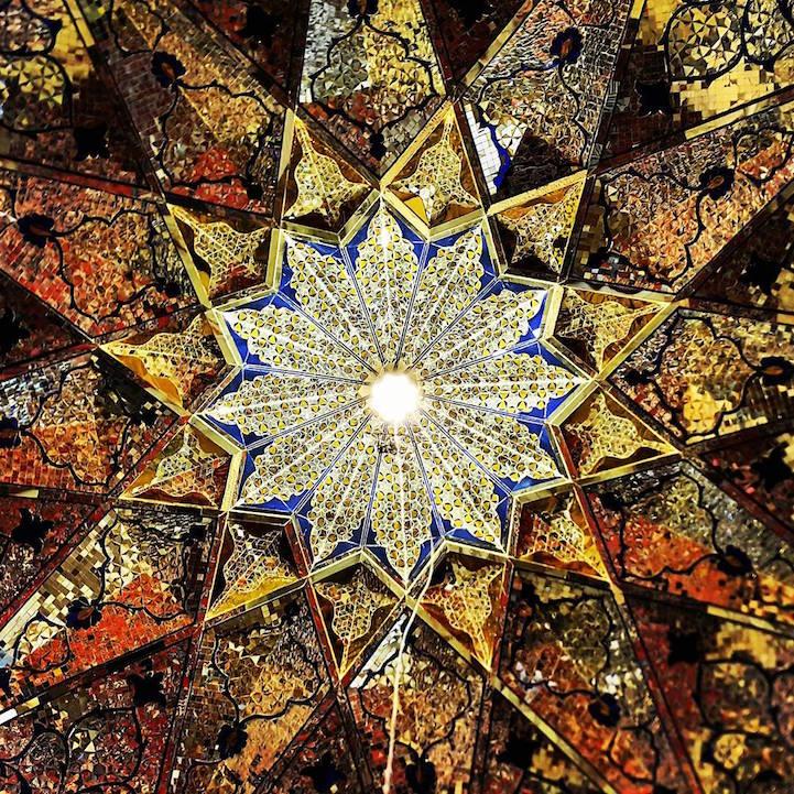 Mezquita de Shahe-cheragh en Shiraz, Iran