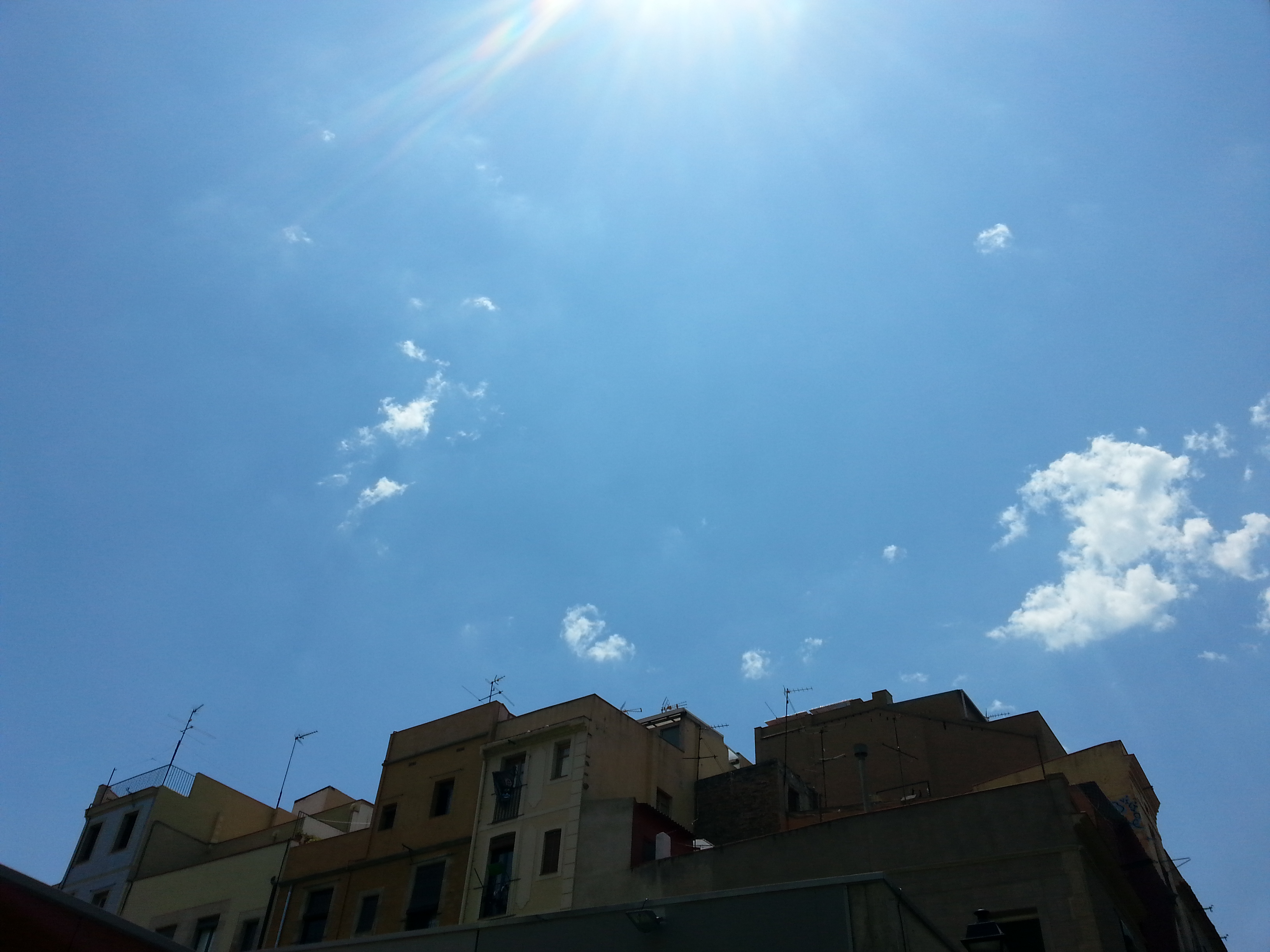 Los cielos de Barcelona - Born